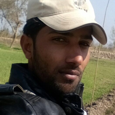 Abdul-ghaffar-Avairy-supervisor-vulture-conservation-centre-changa-manga-WWF-Pakistan